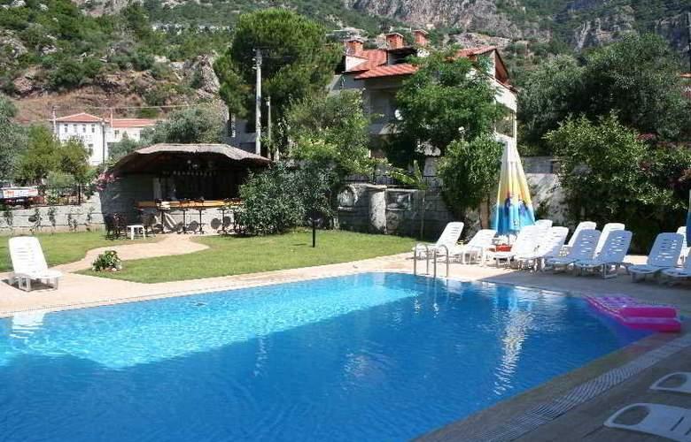 Pelin Hotel Turunç - Pool - 4