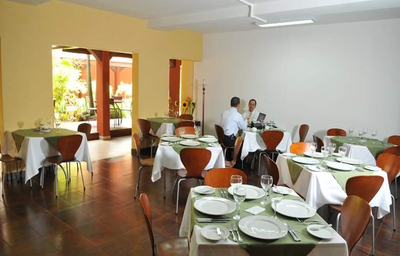 Plaza Rosa - Restaurant - 8