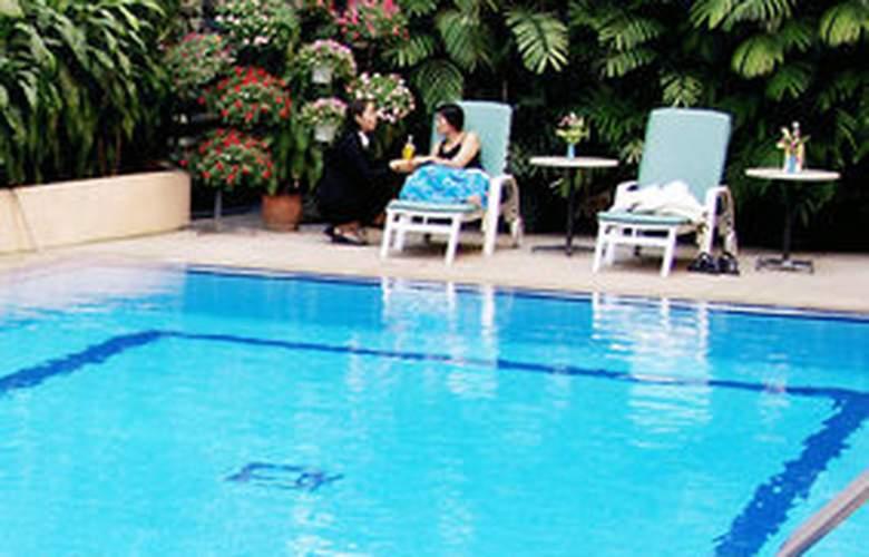 Movenpick Suriwongse Hotel Chiang Mai - Pool - 7