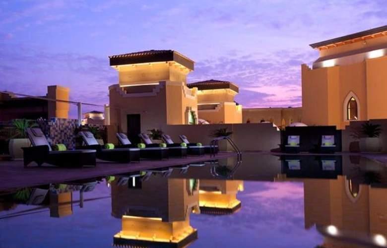Traders, Qaryat Al Ber - Pool - 3
