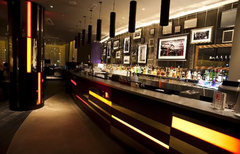 Hilton London Olympia - Bar - 5