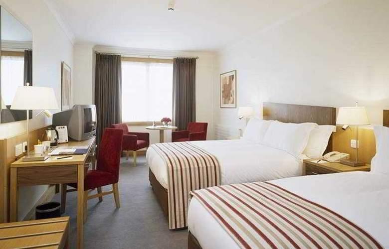 Clayton Cardiff Lane - Room - 10
