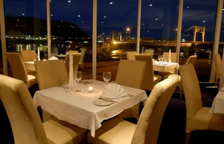 Selfoss - Restaurant - 8