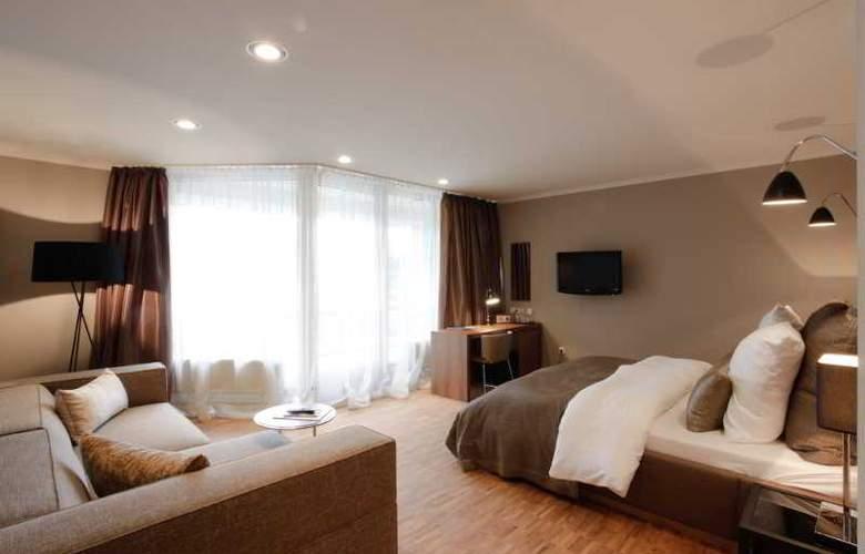 Gude - Room - 8