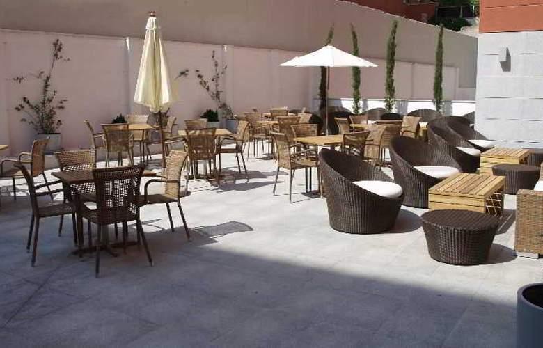 Eco Alcala Suites - Terrace - 18