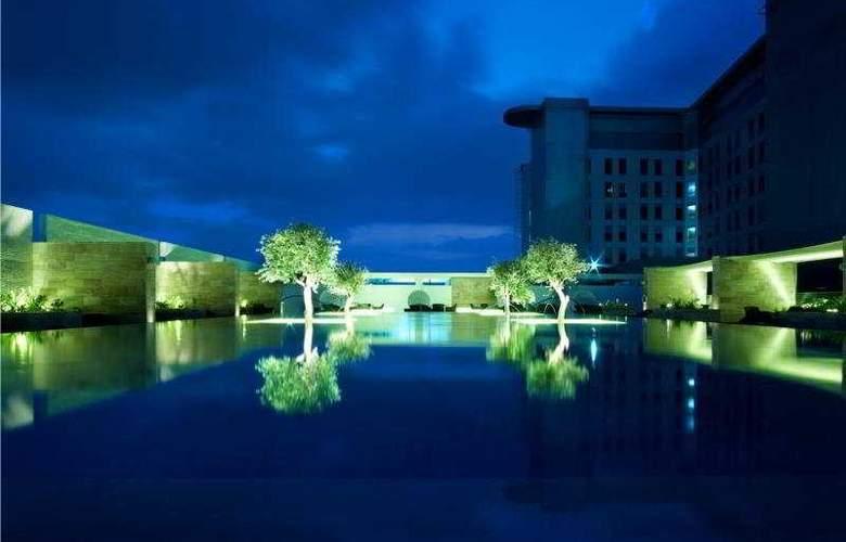 Aloft Abu Dhabi - Pool - 41