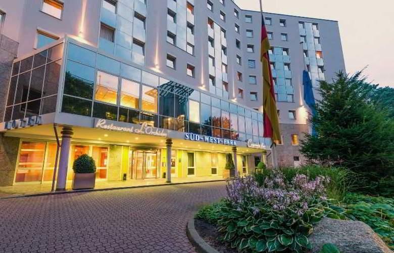 Novina Sudwestpark Hotel - Hotel - 5