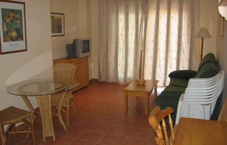 Hoyo 12 Oliva - Room - 2
