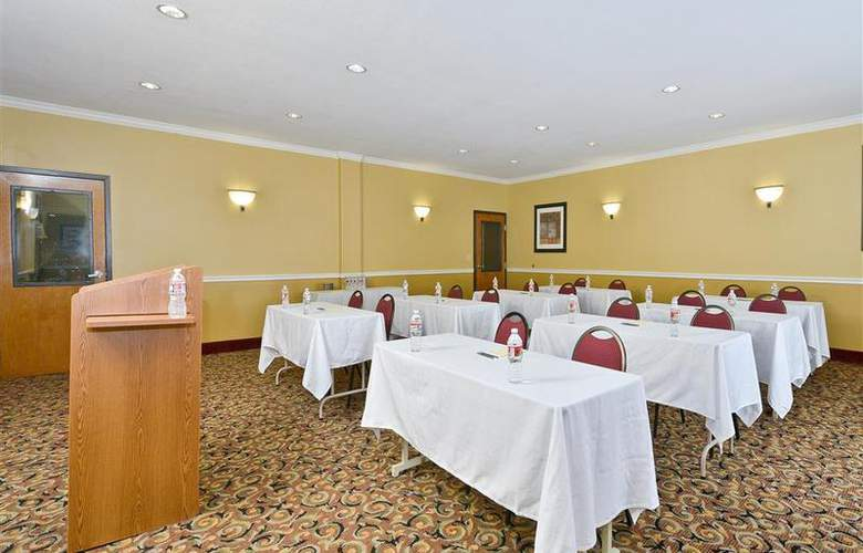 Best Western Greenspoint Inn and Suites - Conference - 146