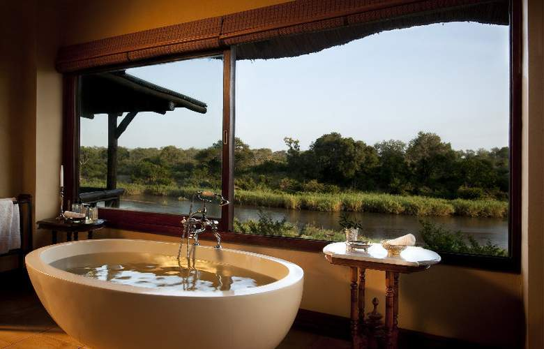 Lion Sands Tinga Lodge - Room - 11