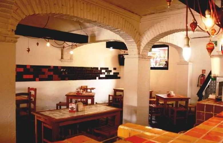 La Abadia Plaza - Restaurant - 21