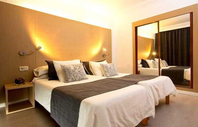 Sant Jordi Hotel - Room - 13