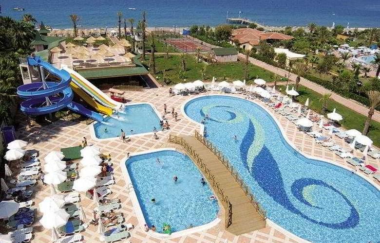 Holiday Garden Resort - Pool - 5