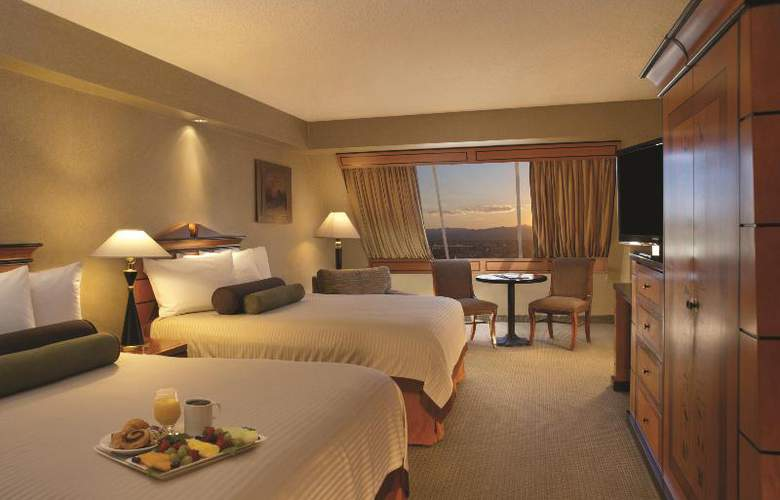 Luxor Hotel and Casino - Room - 13