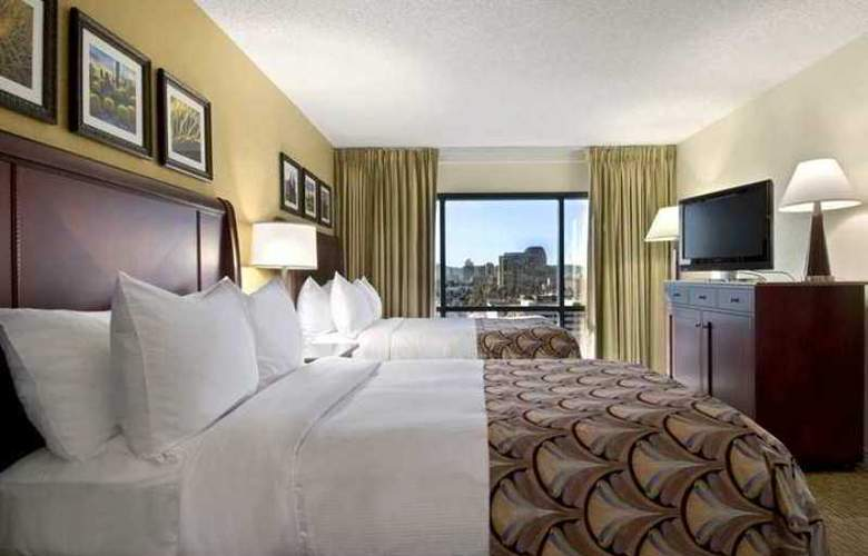Embassy Suites by Hilton Phoenix Downtown North - Hotel - 8