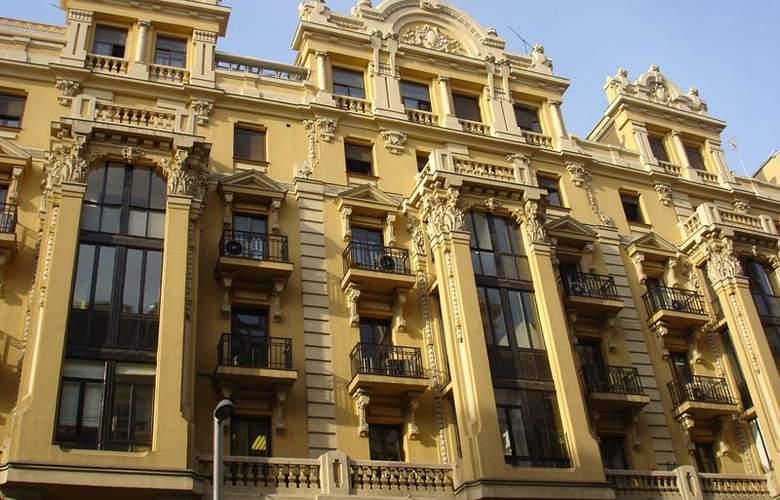 Hostal Avenida - Hotel - 0