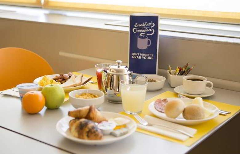 Holiday Inn Express Milan-Malpensa Airport - Restaurant - 23