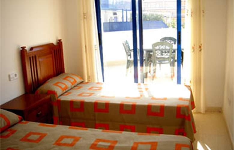 Apartamentos San Damián 3000 - Room - 6