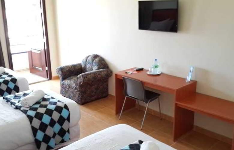 Express Inn Coronado - Room - 5