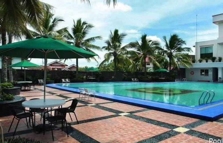 Pangeran Pekanbaru - Pool - 3