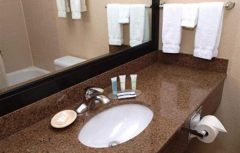 Best Western Pembina Inn & Suites - Hotel - 82