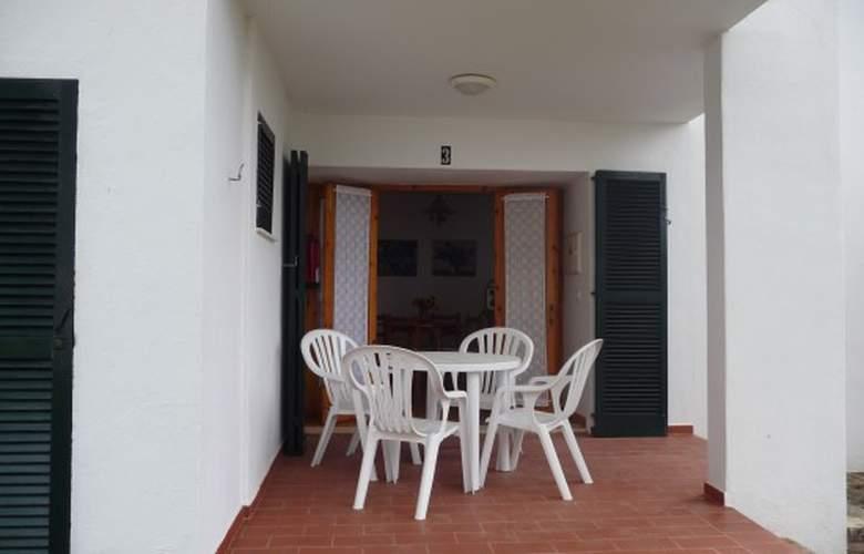 Apartamentos Llebeig - Terrace - 1
