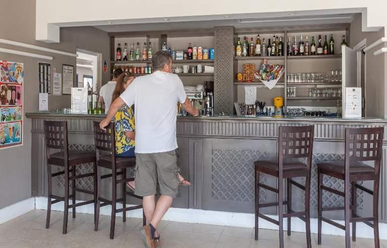 Pierre et Vacances Villages Clubs Cannes Mandelieu - Bar - 35