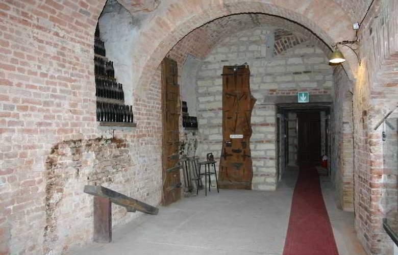 Castello Di Uviglie - Hotel - 19