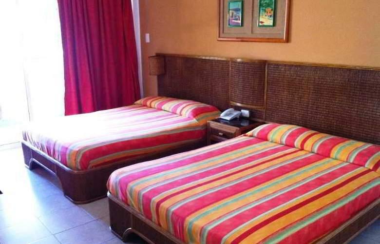Hotel Le Flamboyant - Room - 2