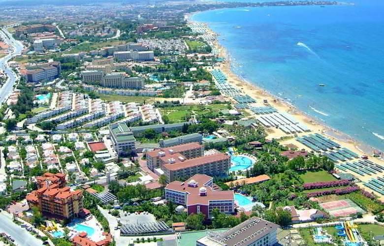 Villa Side - Beach - 14