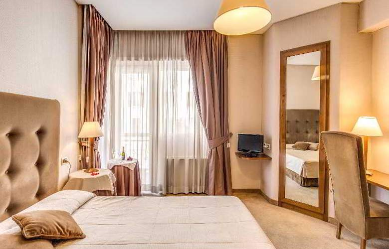 Hotel Farnesina - Room - 9