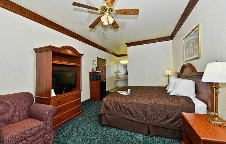 Best Western Fort Worth Inn & Suites - Hotel - 37