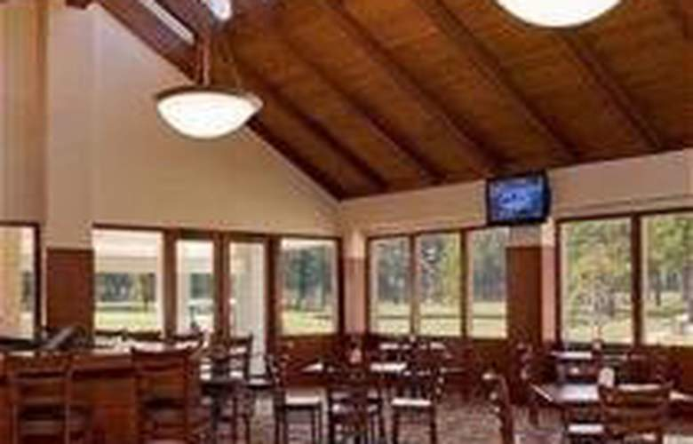 La Torretta Lake Resort and Spa - Bar - 2