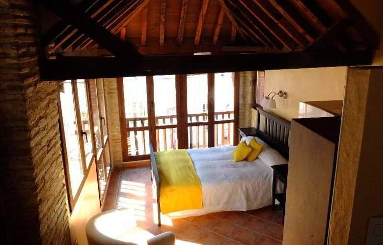 Urban Suites Granada - Room - 2