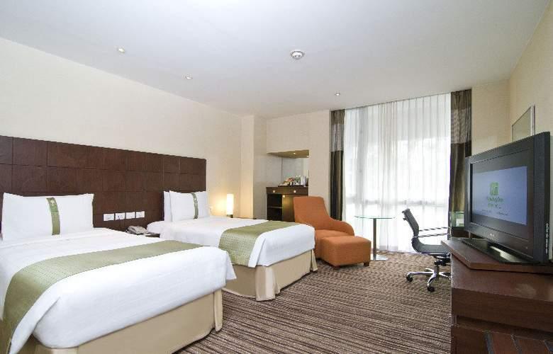 Holiday Inn Bangkok - Room - 8