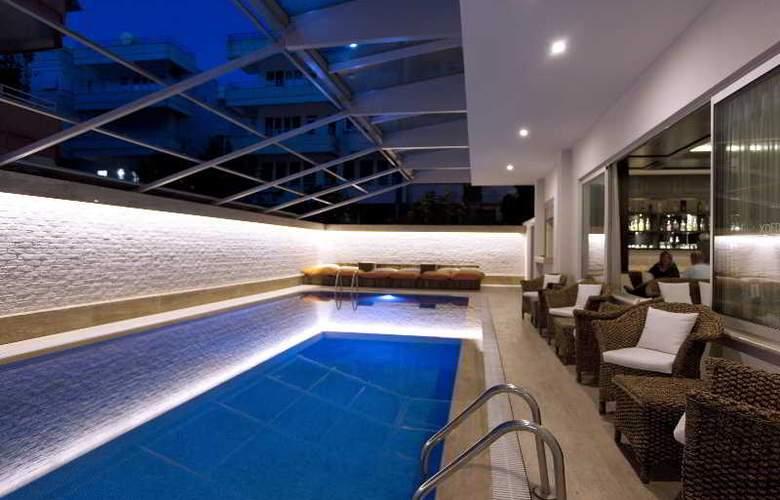 Xperia Grand Bali - Pool - 21