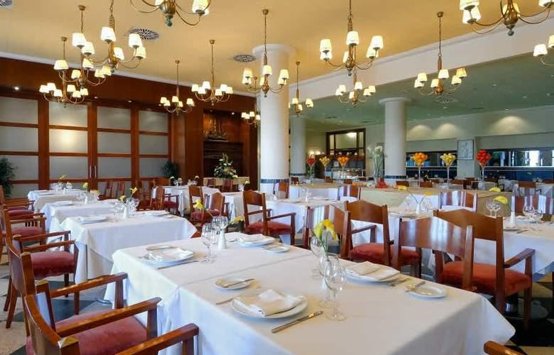Oliva Nova Beach & Golf Resort - Restaurant - 16