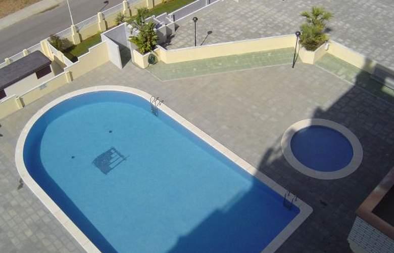 Apartamentos Argenta Caleta - Pool - 2