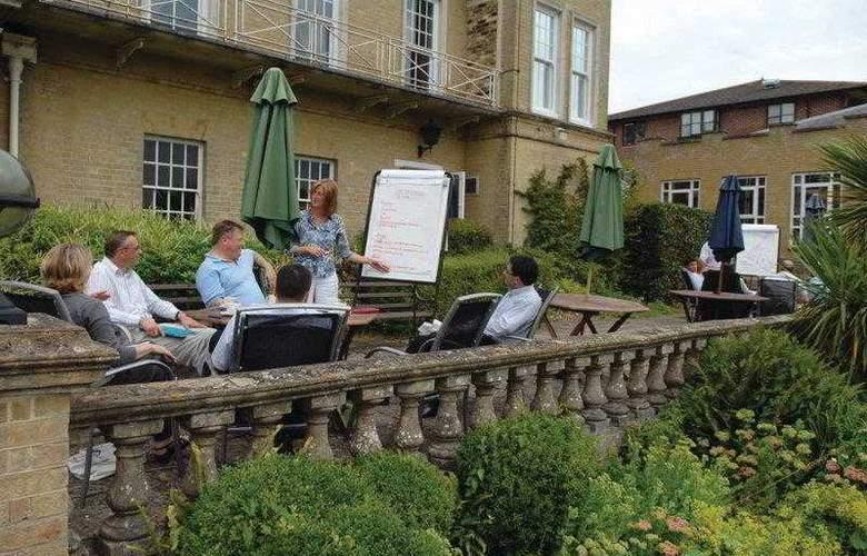 Best Western Chilworth Manor Hotel - Hotel - 51