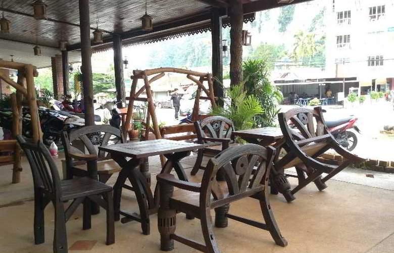 Pranang Flora House - Hotel - 6