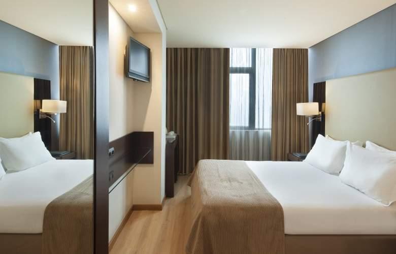 Turim Alameda - Room - 2