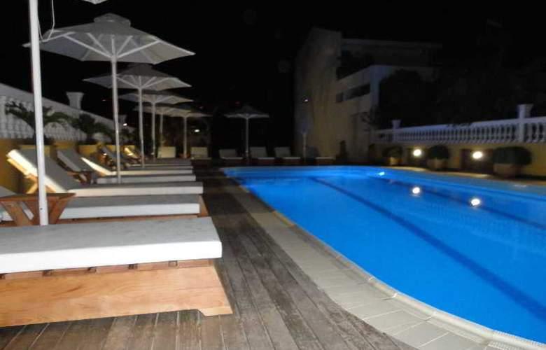 Cristina Maris Hotel - Pool - 14