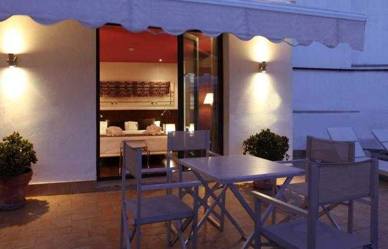 Petit Palace Marques Santa Ana - Terrace - 21