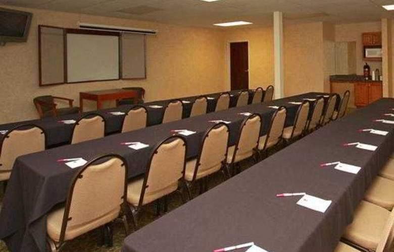 Comfort Suites - Conference - 6