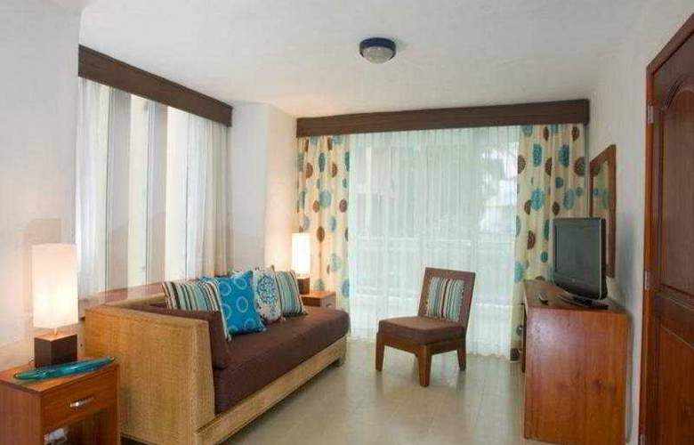 Grand Paradise Playa Dorada All Inclusive - Room - 5