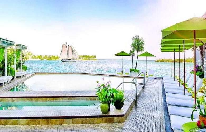 Ocean Key Resort & Spa - Pool - 8