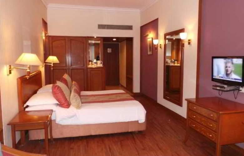 Ambassador Mumbai - Room - 8