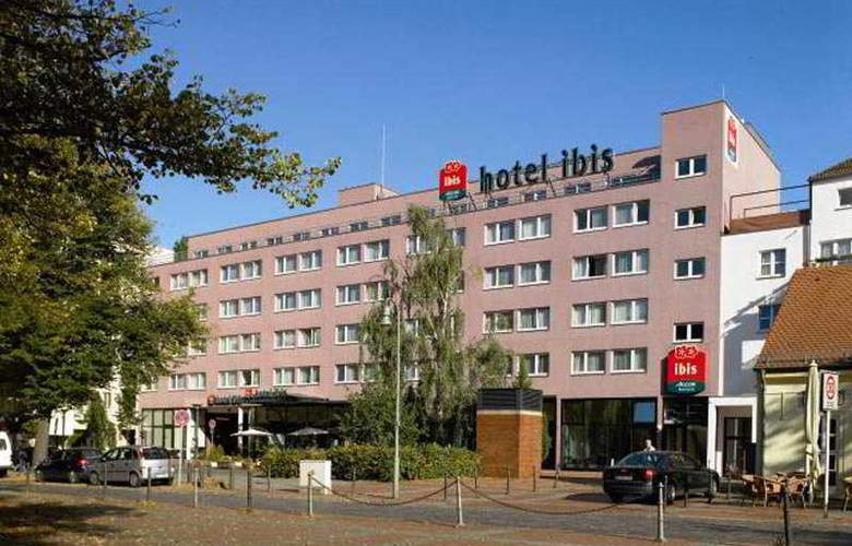 ibis Berlin Airport Tegel - Hotel - 0
