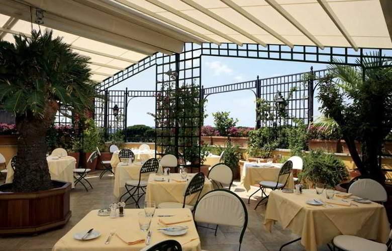Victoria Roma - Terrace - 12