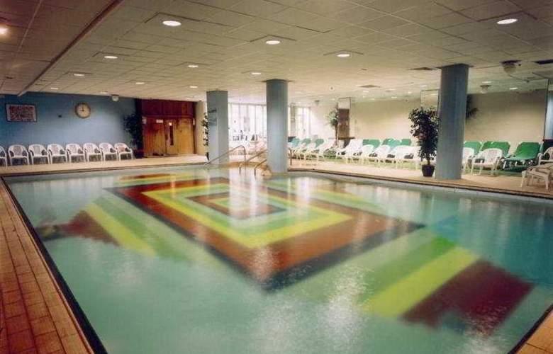 Caesar Hotel Tiberias - Pool - 4